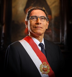 Official picture of the President of Peru, Martin Vizcarra square form
